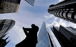 欧米の銀行はリブラ協会のメンバーには入っていない(ロンドンの金融街)=ロイター