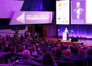 高齢化経済フォーラム(9日、ヘルシンキ)