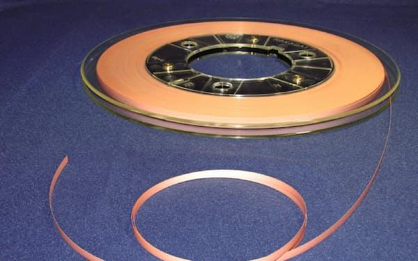 フジクラが開発した超電導線材