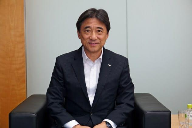 筆者のインタビューに応じたNTTドコモの吉沢和弘社長
