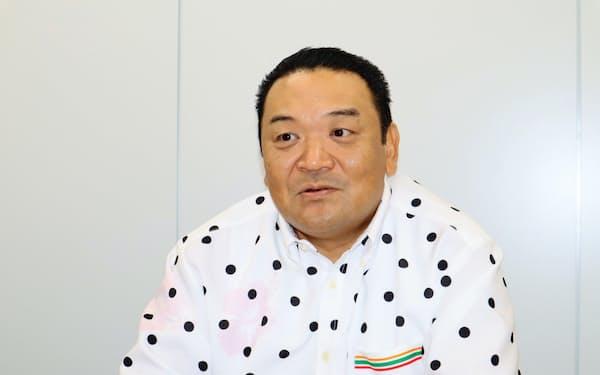 セブン―イレブン・沖縄の久鍋研二社長…福岡県出身、50歳。セブン―イレブン・ジャパンで長く新規出店を担当してきた