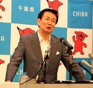 千葉銀・浜銀提携に期待感を示す森田健作知事(11日、千葉県庁)