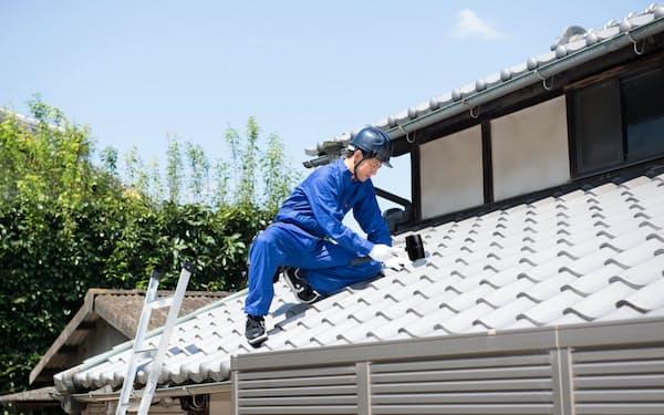 屋根の雨漏り補修も生活支援サービスの一環