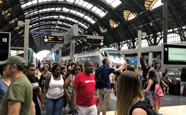 ミラノ駅の混雑