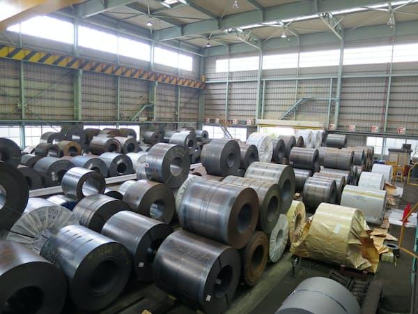 鋼材は国内で在庫が増えている