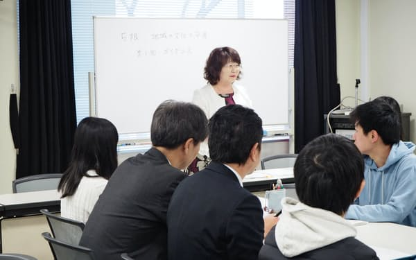 将来に向け、中高年の学び直しの場は広がる(水戸市の茨城大学)