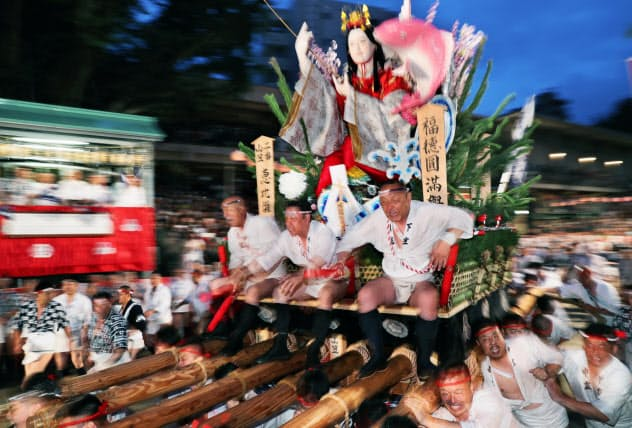 博多祇園山笠、令和初の「追い山」疾走
