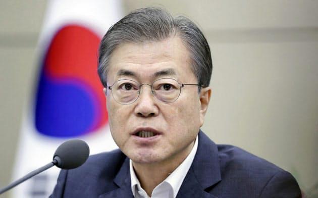 韓国大統領「日本経済に大きな被害」 輸出規制を非難