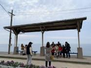 海が間近に見える駅として人気の下灘駅(愛媛県伊予市)