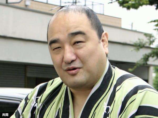 現役引退を表明した安美錦(16日、名古屋市)=共同