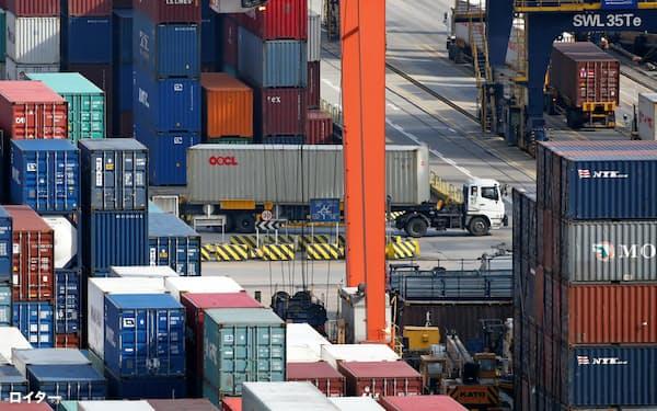 貿易への依存度が高い香港は貿易摩擦の影響を大きく受ける=ロイター