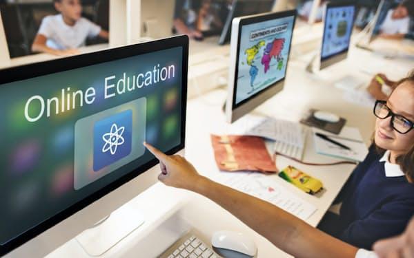中国で小中学生向けのオンライン教育が急成長している(図虫提供)