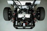 ユニバンスがGLMと協業し、EV向け駆動装置を組み込んだ試験車両を開発