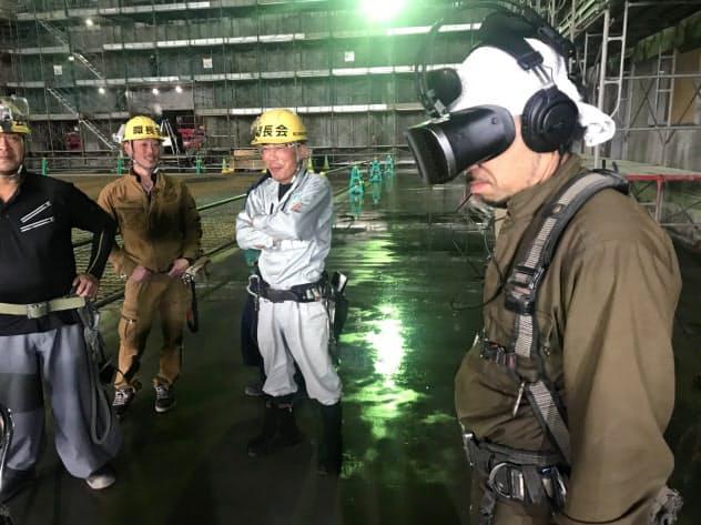 事故の危険性を仮想現実(VR)で体感し安全教育に生か?#26775;?7日、北海道帯広市)