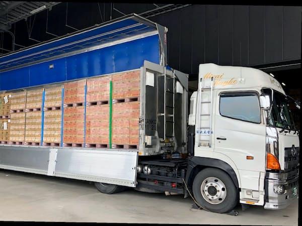 キユーピーやサンスターなど3社は、貨物トラックやフェリーを使った共同輸送を始める