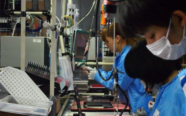 日本HPは国内工場を365日生産に引き上げた(東京都日野市)