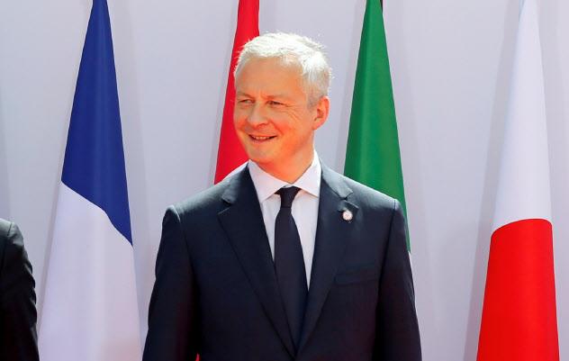 17日、G7財務相・中銀総裁会議に出席したルメール経財相=ロイター