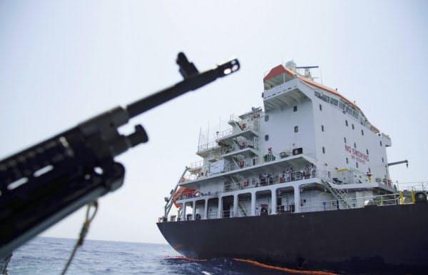 6月以降、ホルムズ海峡近くでタンカーへの攻撃が相次いでいる=AP