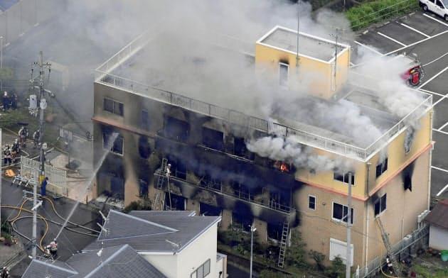 京都のアニメ会社で放火か、1人死亡9人重体 男確保