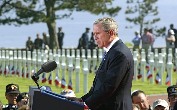ブッシュ元大統領の、アフリカのHIV感染者を支援する計画は、中東での失敗をぬぐう政治的遺産となった=AP