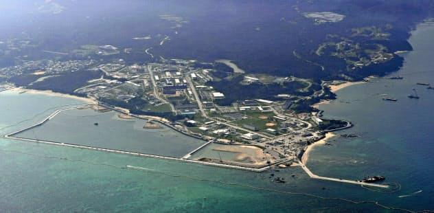 埋め立てが進む沖縄県名護市辺野古の沿岸部=共同