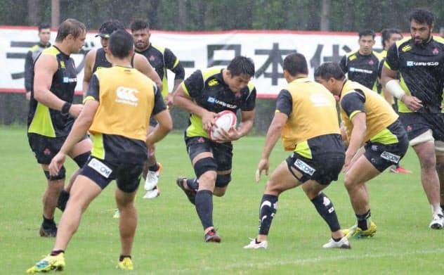 ラグビー日本代表の宮崎合宿は「今までで一番ハード」と選手が口々に話した
