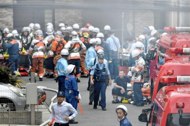 京都のアニメ会社で放火 33人死亡、41歳男を確保
