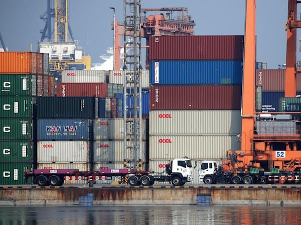 タイの輸出は4カ月連続で減少した(タイ中部のレムチャバン港)