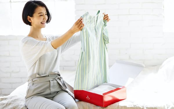 エアークローゼットは衣料品のレンタルで若い女性らの支持を集める