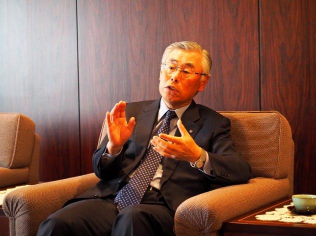 金融庁出身の副頭取を「軍師として迎え入れた」と語った橋本頭取