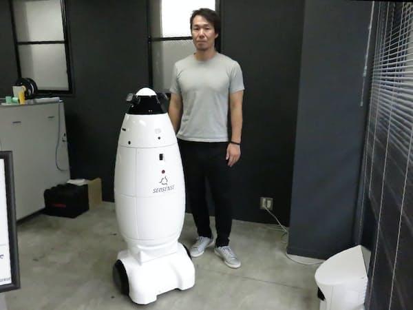 中村壮一郎CEOは、人口減社会で自律移動技術を生かす用途として警備ロボに着目した