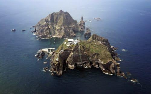 韓国軍はロシア軍機が竹島(韓国名・独島)へ「領空侵犯」をしたとして警告射撃を行ったという=ロイター