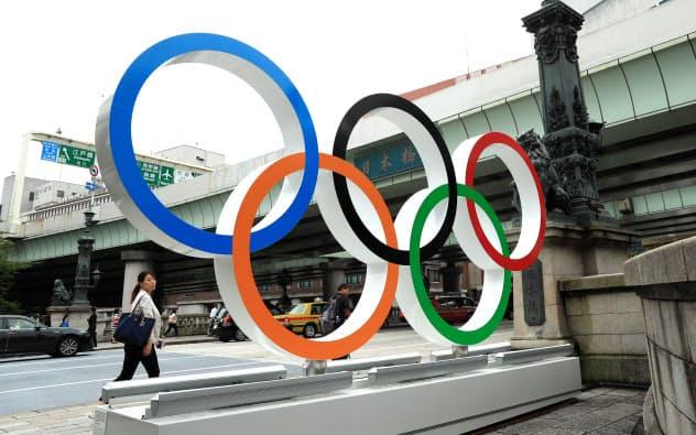 五輪エンブレム 日本橋を飾る