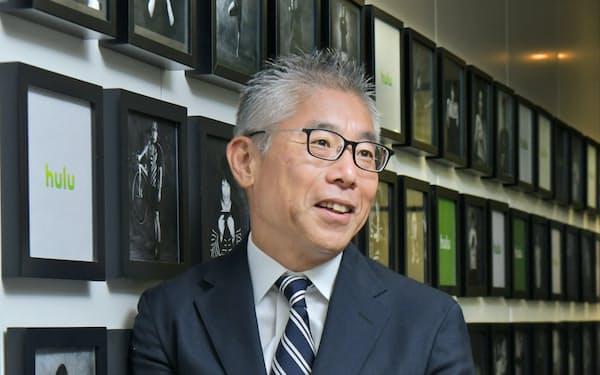 Huluの日本事業を営むHJホールディングスの於保浩之社長は「どれだけ視聴者の日常に入り込めるかが勝負」と話す