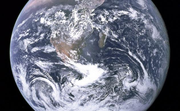 ウルフ氏は我々は地球という公共財を共有していることをもっと意識すべきだという=米航空宇宙局(NASA)