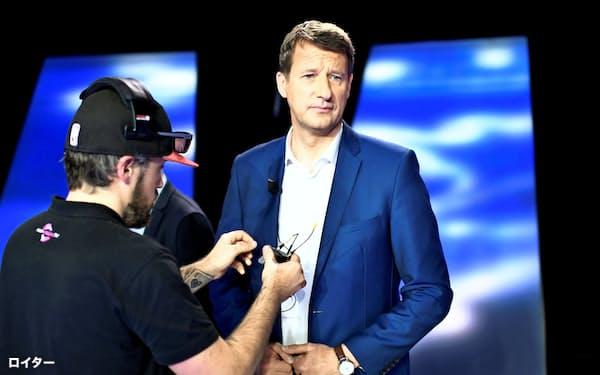 5月、欧州議会選挙の仏テレビ討論番組に出演したジャド氏=ロイター