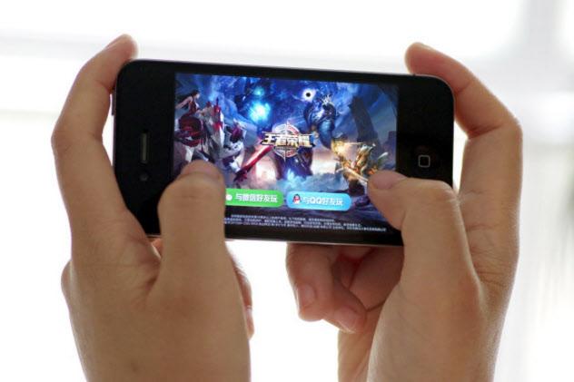中国史上最大のヒットゲーム「王者栄耀」をリリースしたテンセントは業界で圧倒的な王者(図虫提供)
