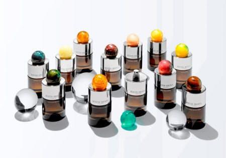 9月に発売する香水を新たな主力商品に育てる