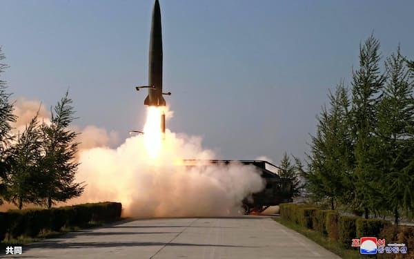 北朝鮮が5月9日に発射した短距離弾道ミサイル。今回の飛翔体も似た飛行パターンを示したという(朝鮮中央通信=共同)