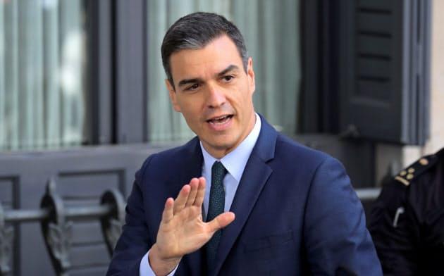 総選挙で勝利したものの、いまだに政権を樹立できていないスペインのサンチェス首相=ロイター