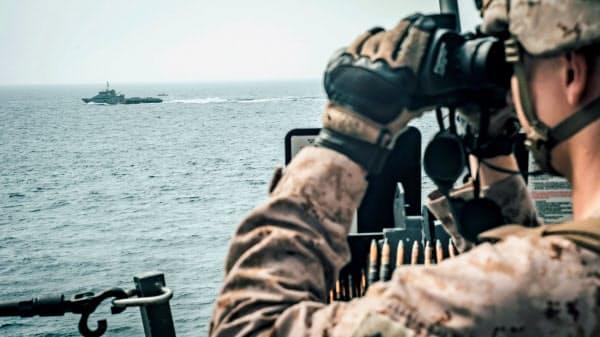 ホルムズ海峡で緊張が高まり、産油国は迂回ルートの確保に動いている=ロイター