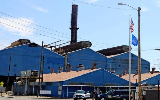 USスチールは増産から1年あまりで再び減産に転じた(18年6月に再稼働したイリノイ州の製鉄所)