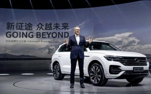 首位フォルクスワーゲン(VW)も中国市場の販売は苦戦した(写真は4月の上海モーターショー)