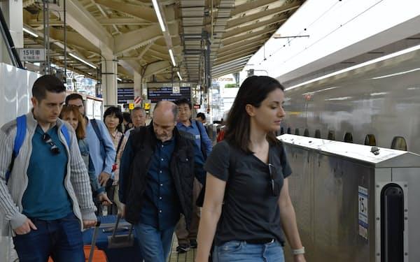 訪日客増加の追い風が続く(東京駅)