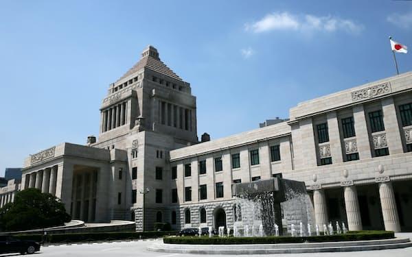 参院はしばしば「衆院のカーボンコピー」と呼ばれてきた