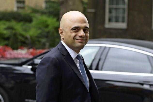 英国のジャビド財務相は新たに21億ポンドの財政支出を投じ、「合意なき離脱」に備える考えだ=AP