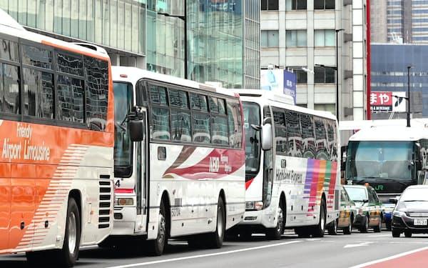 五輪期間中は1日あたり最大2000台の大型バスが必要になる