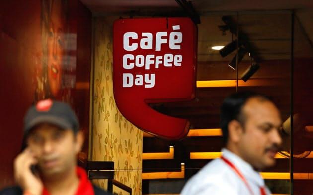 ニューデリー市内の「カフェ・コーヒー・デー」の店頭=ロイター