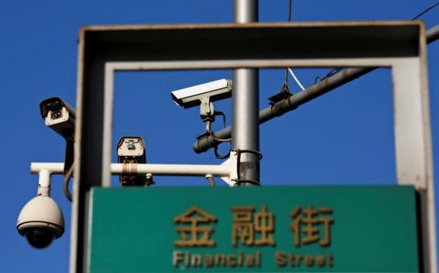 中国製の監視カメラは2010年代から米国内で急速に浸透していった=ロイター
