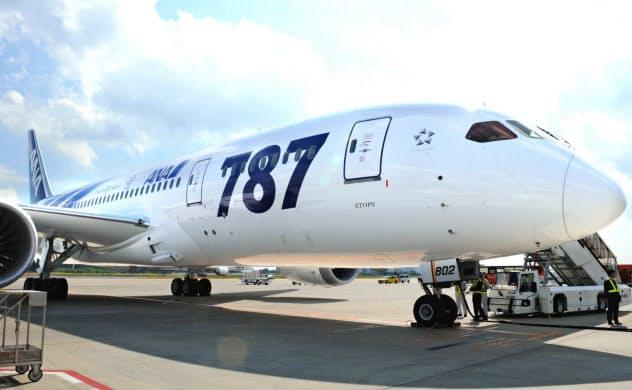 三菱重はボーイングの航空機に部品を供給している(成田空港)